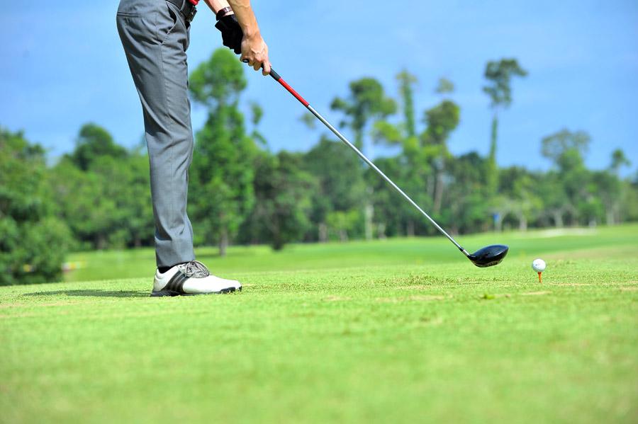ゴルフの加圧シャツ