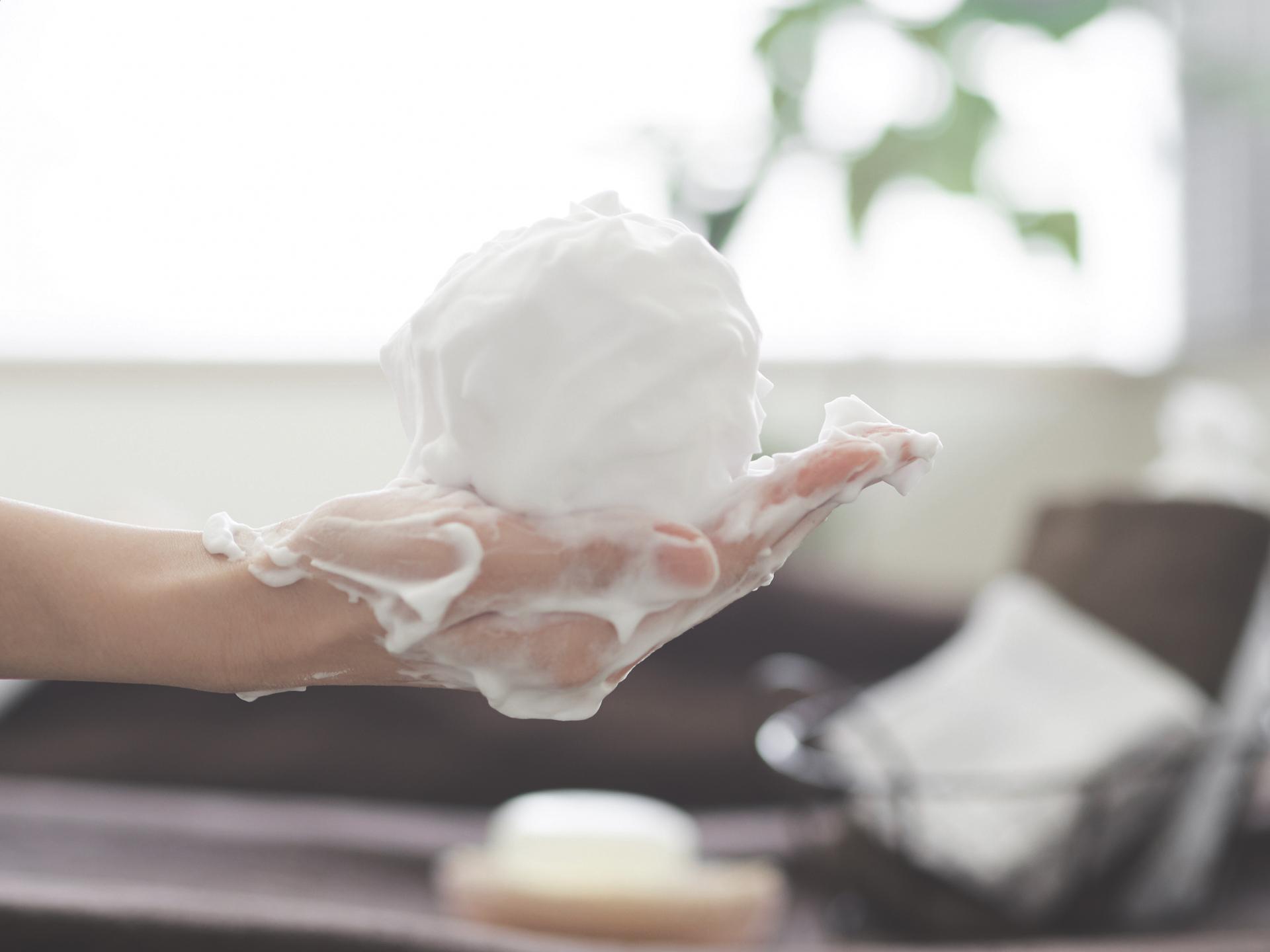 泡タイプのメンズ洗顔料